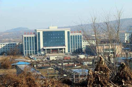 煤(mei)礦用meng)羈kong)鑽車發往(wang)貴州久益礦業