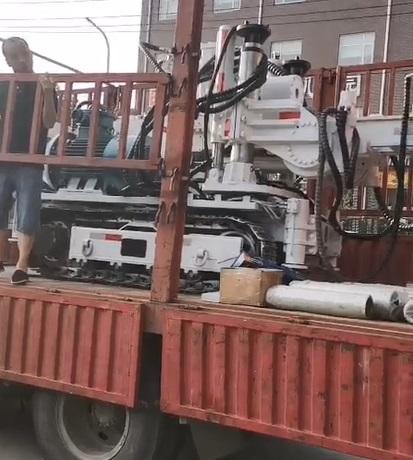 巨(ju)匠煤(mei)礦用meng)羈kong)鑽車在各大煤(mei)礦多場景、全工況開鑽